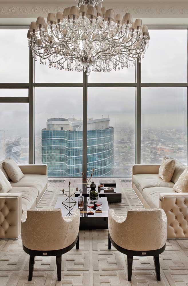 Nas alturas! Como não amar uma penthouse dessas?