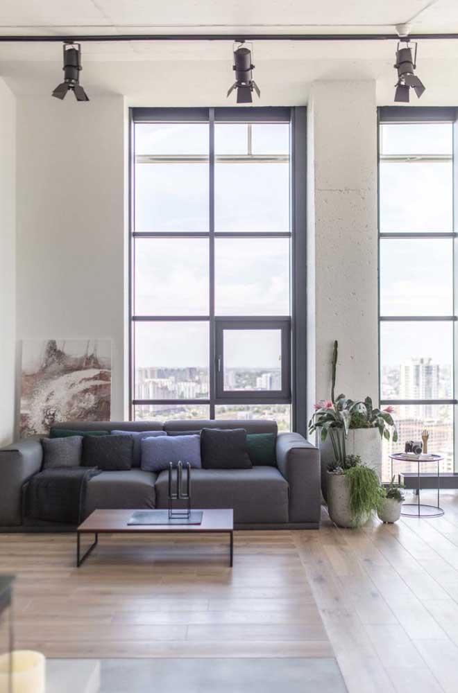 Nessa penthouse é a influência da decoração industrial que chama a atenção, estilo esse por sinal muito popular nos lofts