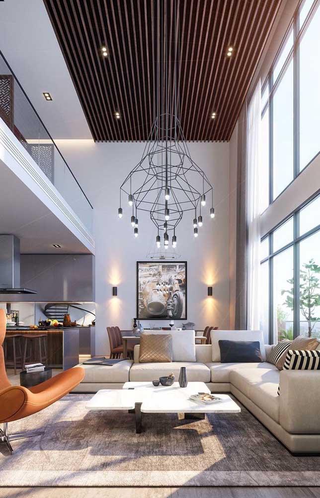 O pé direito duplo é uma das maiores características das penthouse, o que acaba as tornando muito parecidas com os lofts