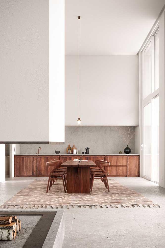 A elegância modesta de uma penthouse clean e moderna