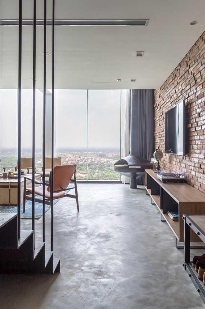 A vista panorâmica invade o interior da penthouse: esse é ou não é um bom motivo para querer ter uma dessas?