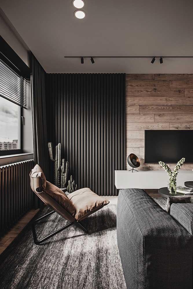 Poltrona reclinável para sala de estar. A cor do estofado combinou direitinho com a paleta escolhida para o ambiente