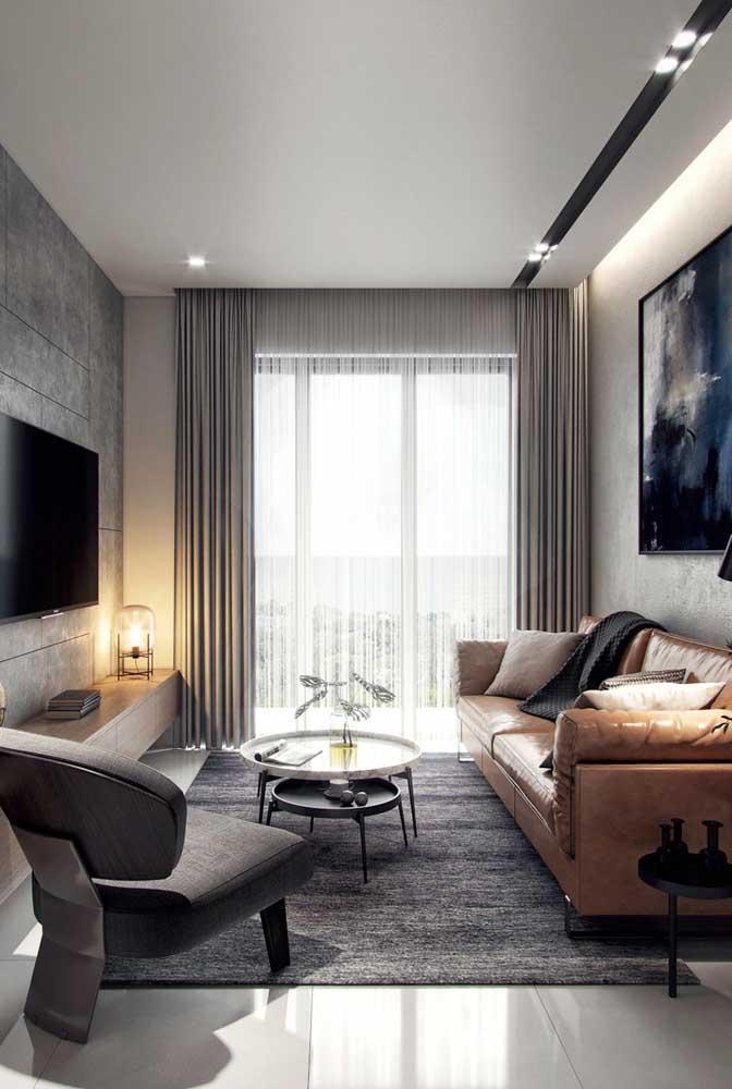 Sala pequena decorada com poltrona: com planejamento e pesquisa é possível conciliar as duas coisas