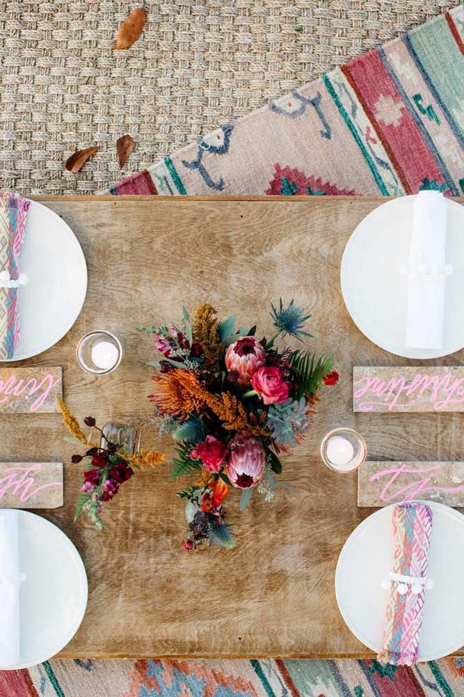 Para cada convidado, um guardanapo de tecido diferente