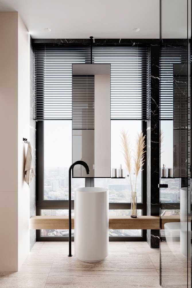 Esquadria de vidro com perfil de alumínio