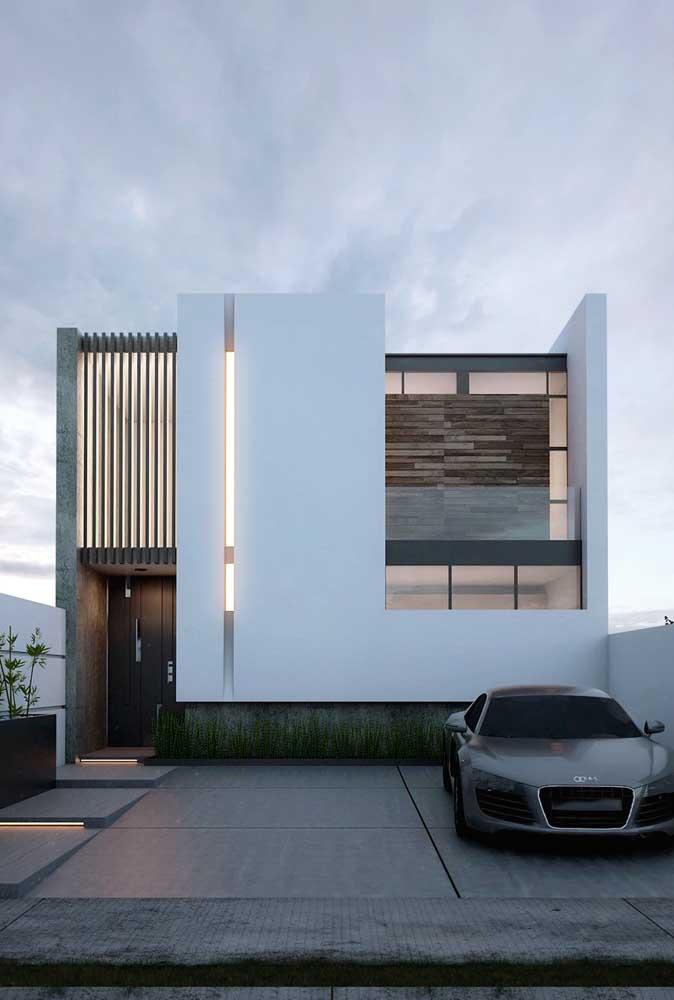 A iluminação indireta ajuda a valorizar a pintura da casa