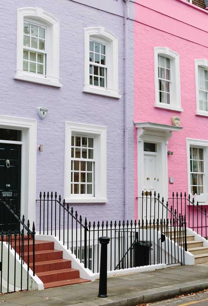 Uma vizinhança colorida. Converse com seu vizinho, quem sabe vocês conseguem conciliar uma combinação de cores para a pintura das casas?