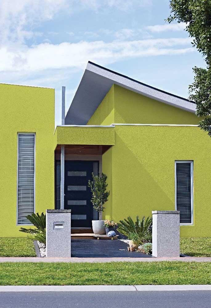 Uma casa verde limão para não passar despercebida