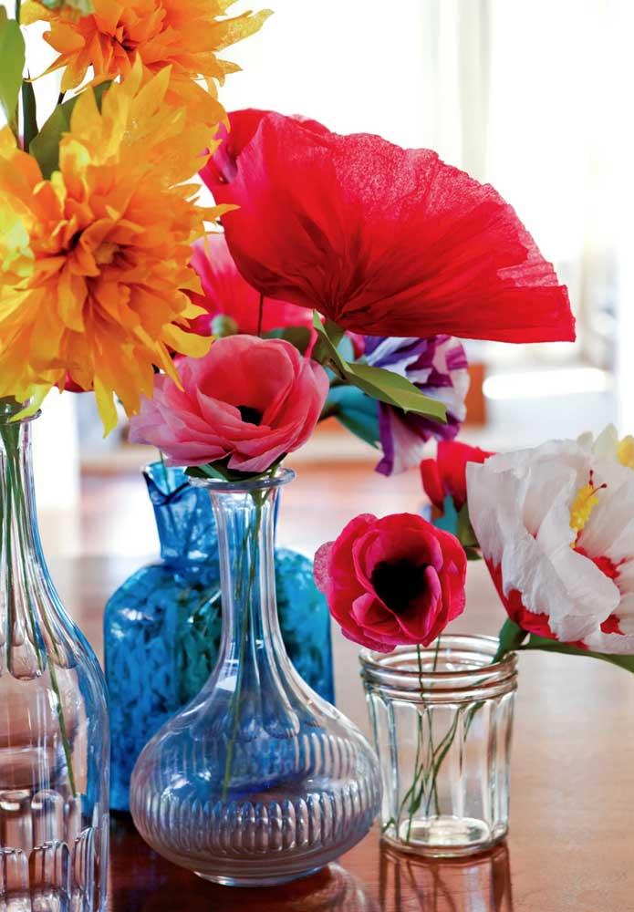 Muitas flores para diferentes vasos