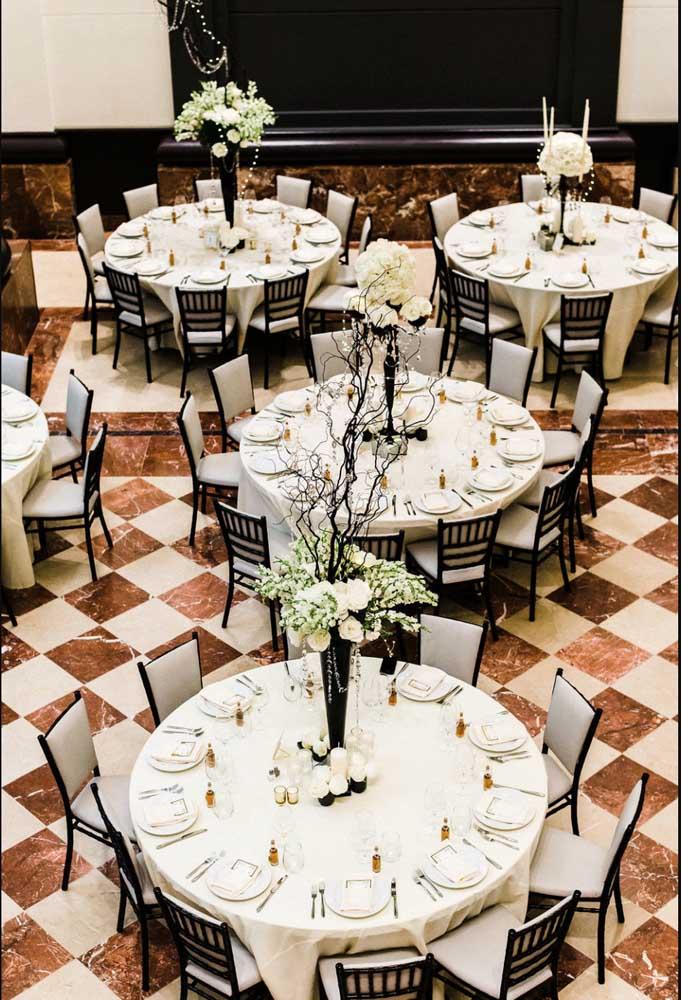 Um salão na proporção do baile