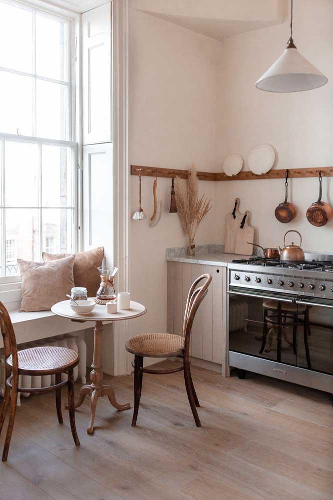 A luz natural é parte integrante de qualquer projeto de cozinha provençal