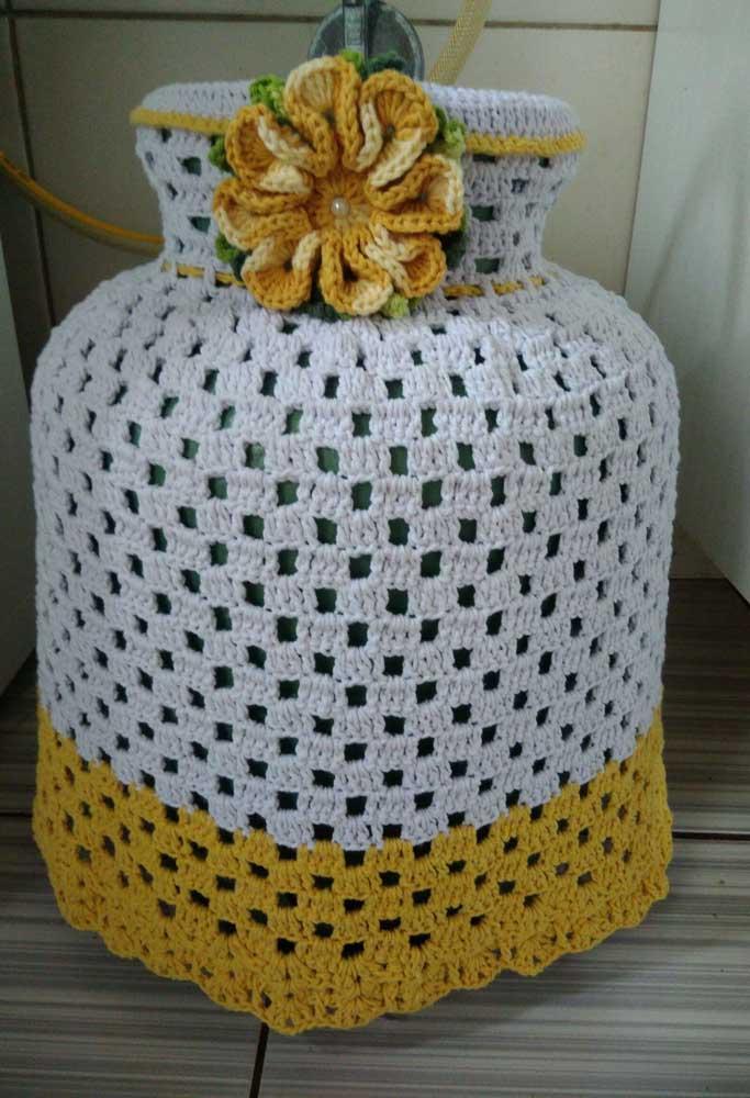 Detalhes amarelos na barra e na flor