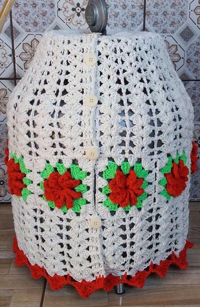 Que tal um modelo de capa de botijão em crochê com botões? Diferente!