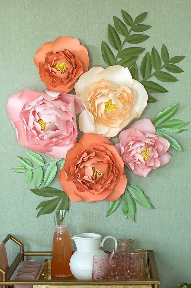 Flores de papel gigante e em cores variadas para arrancar suspiros da mamãe