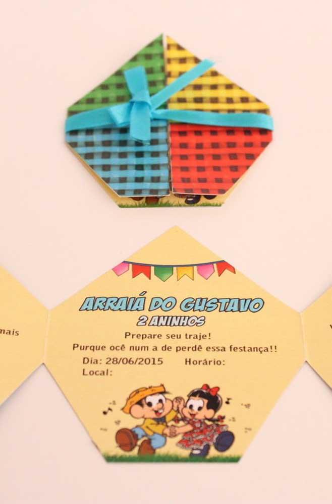 Convite com formato de balão