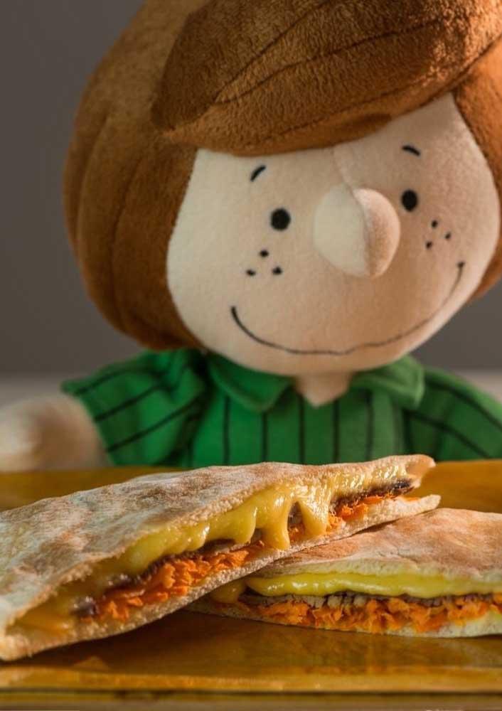 Nessa Festa do Snoopy, os personagens em feltro tomam conta dos lanchinhos