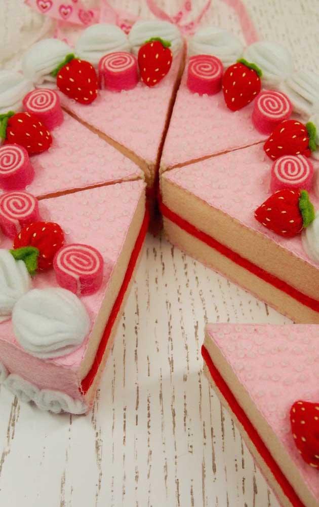 Os convidados vão torcer para que o bolo verdadeiro seja como o fake