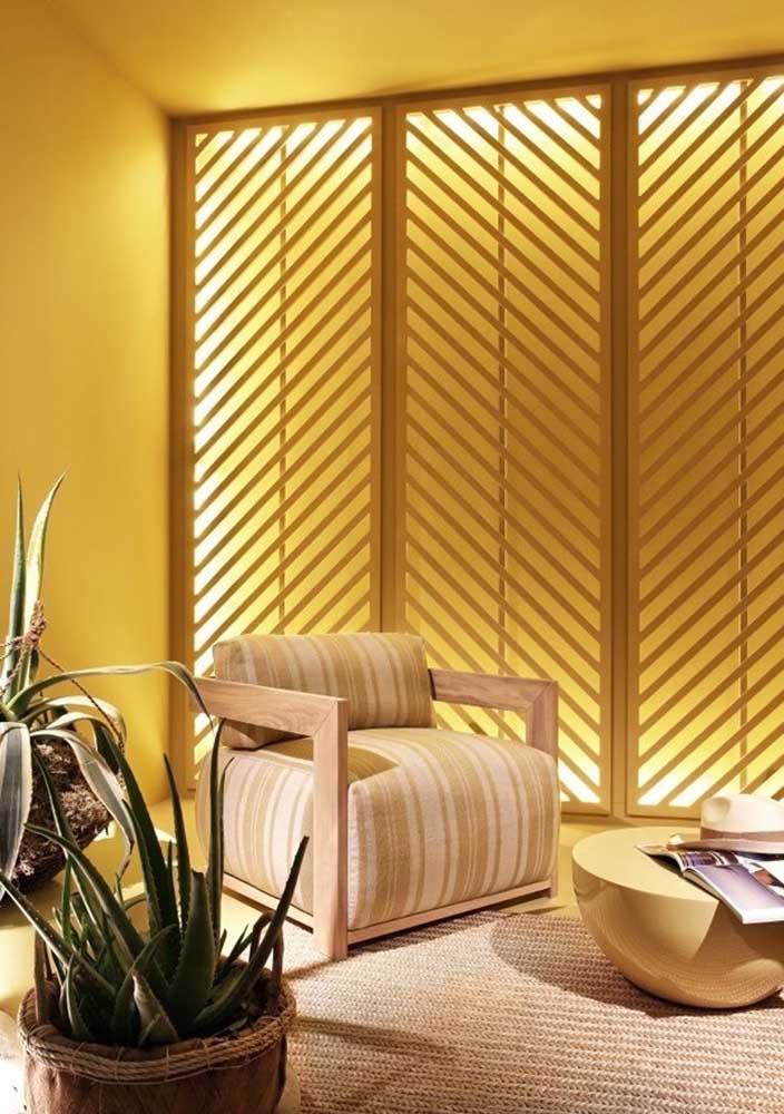 Amarelo, madeira e fibras naturais: combinação perfeita para quem busca conforto e acolhimento