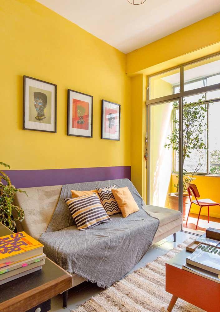 E para quem não tem medo de ser feliz, aí vai uma sugestão: sala amarela e roxa