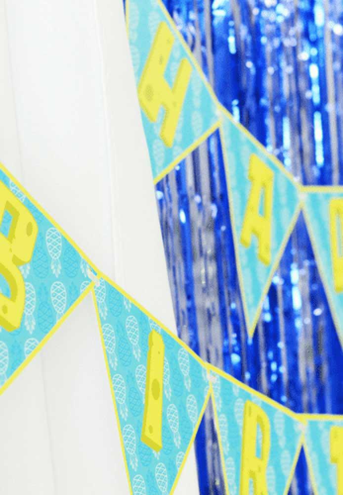 """Bandeirolas para escrever os """"Parabéns"""""""