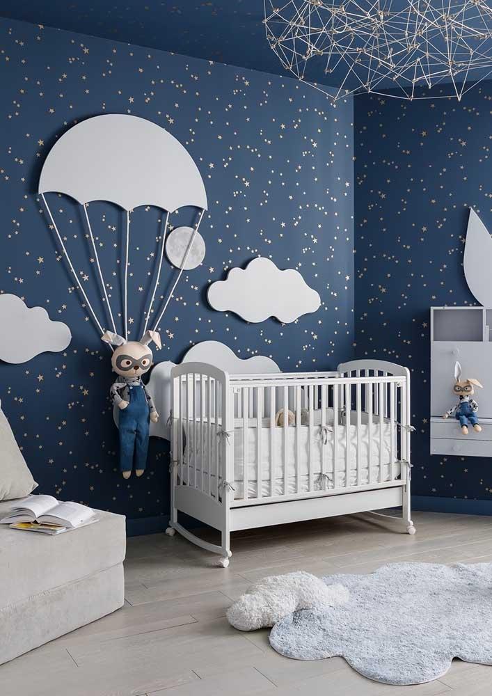 Quarto de bebê masculino com tema de coelhos e balões