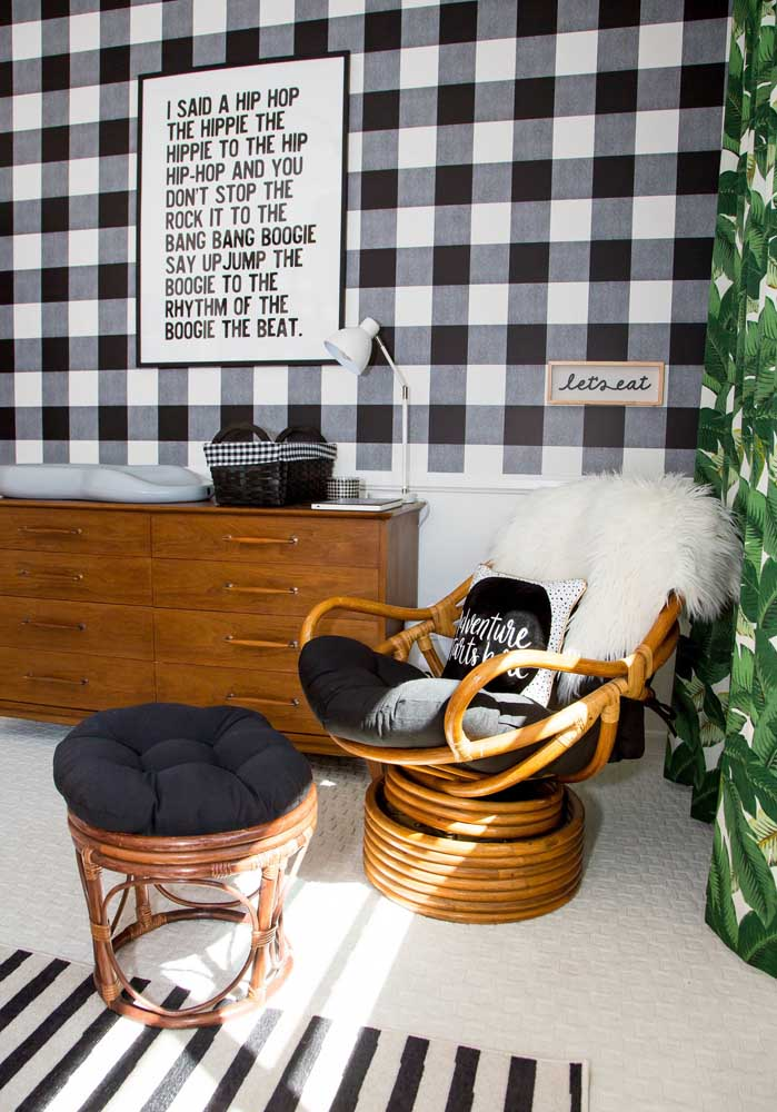 E para complementar, móveis de madeira