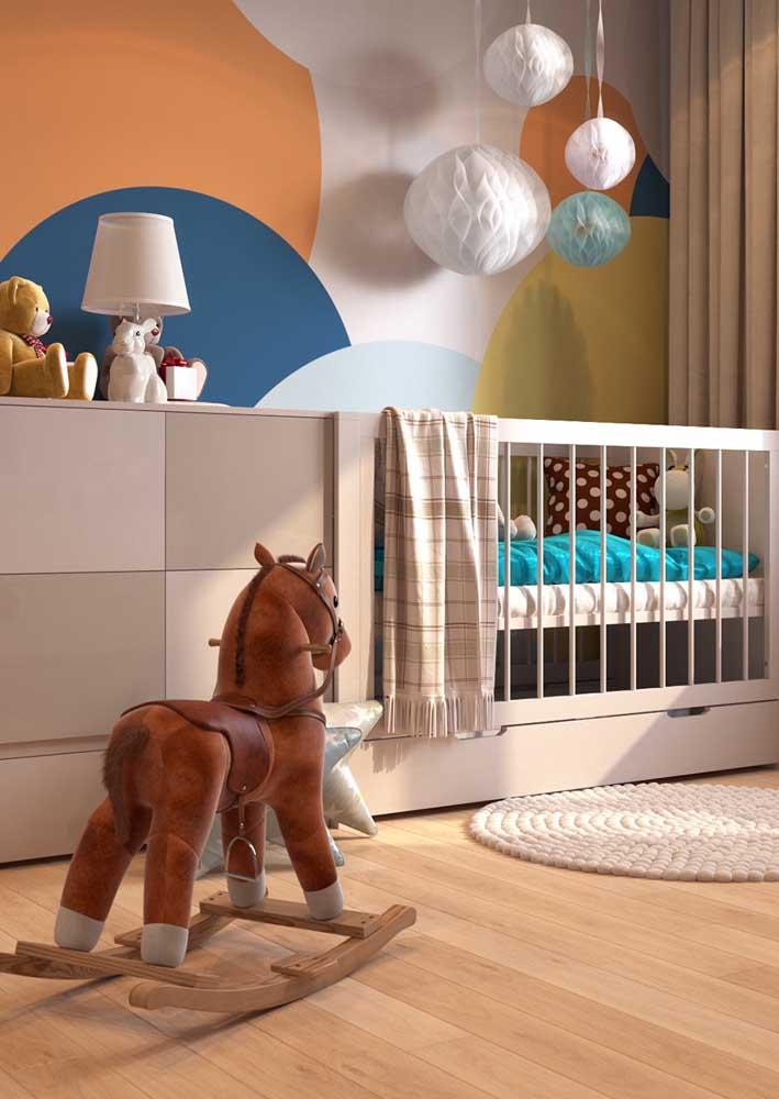 Um móvel, diversas funções: perfeito para quartos pequenos