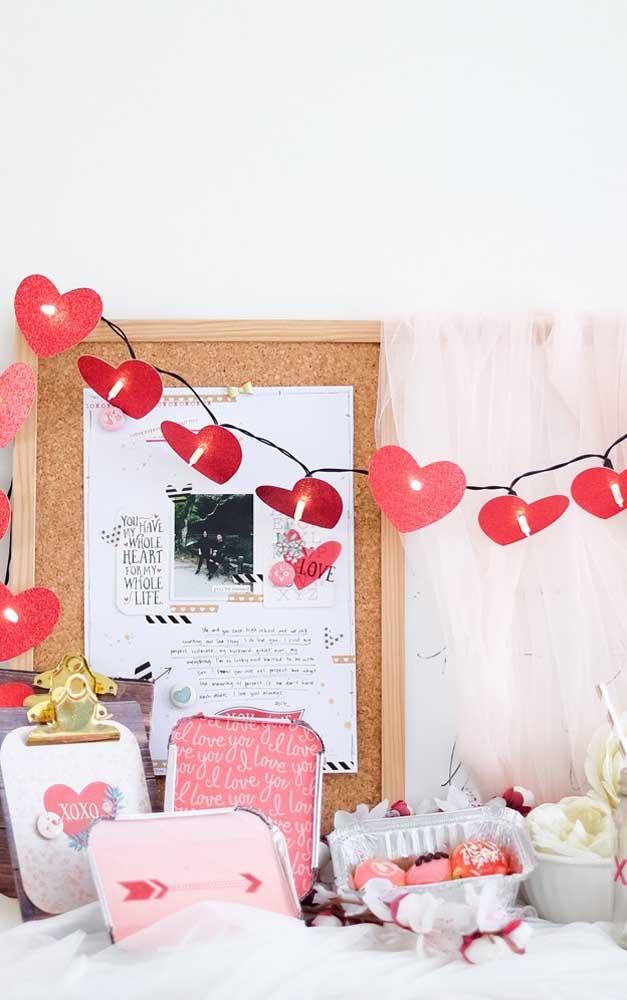 Mini festa surpresa para namorada repleta de mimos especiais