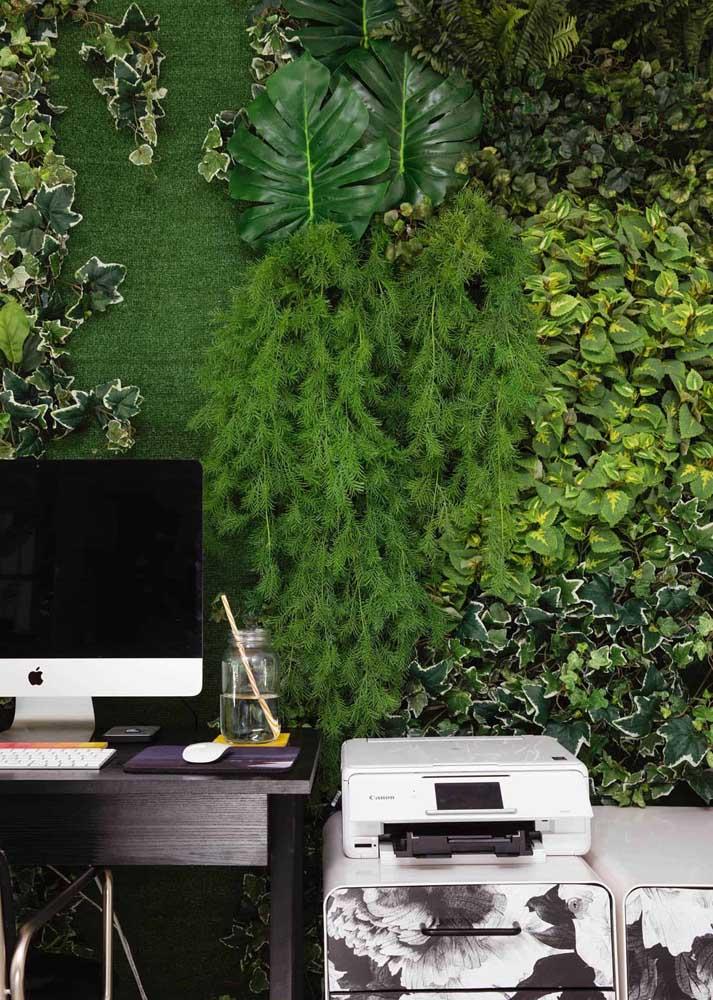 Quer motivação melhor do que um escritório com parede verde?