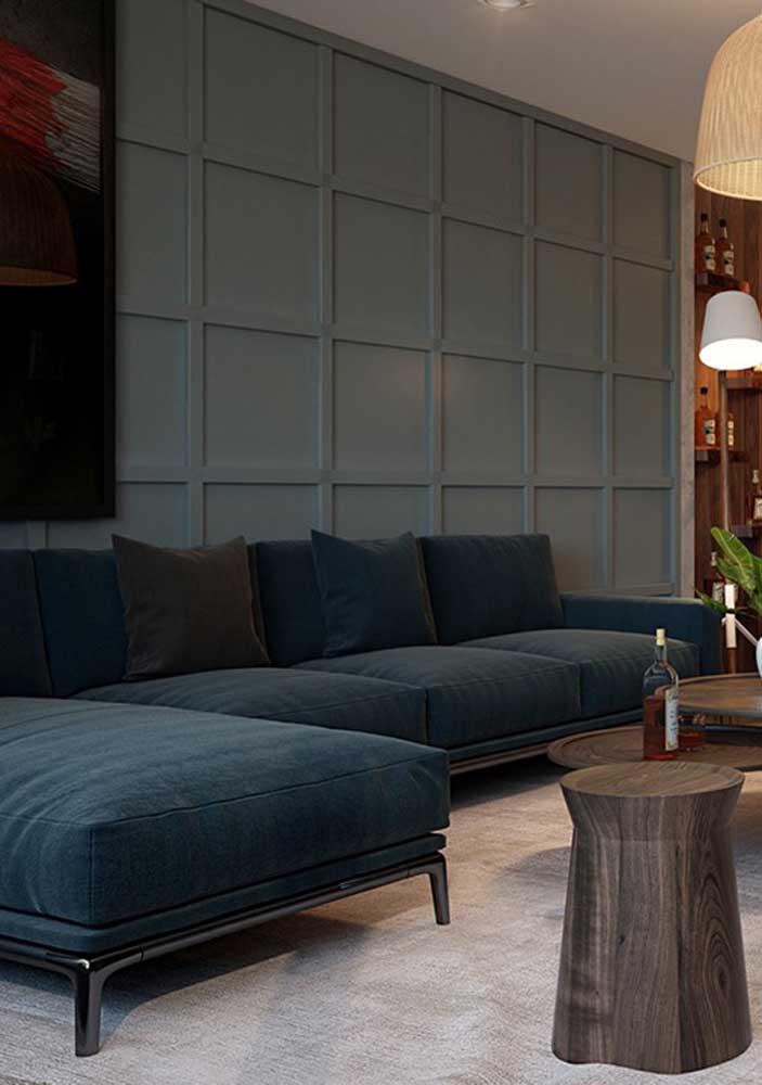 Sofá verde azulado para uma sala de estar clássica eleganterríma!