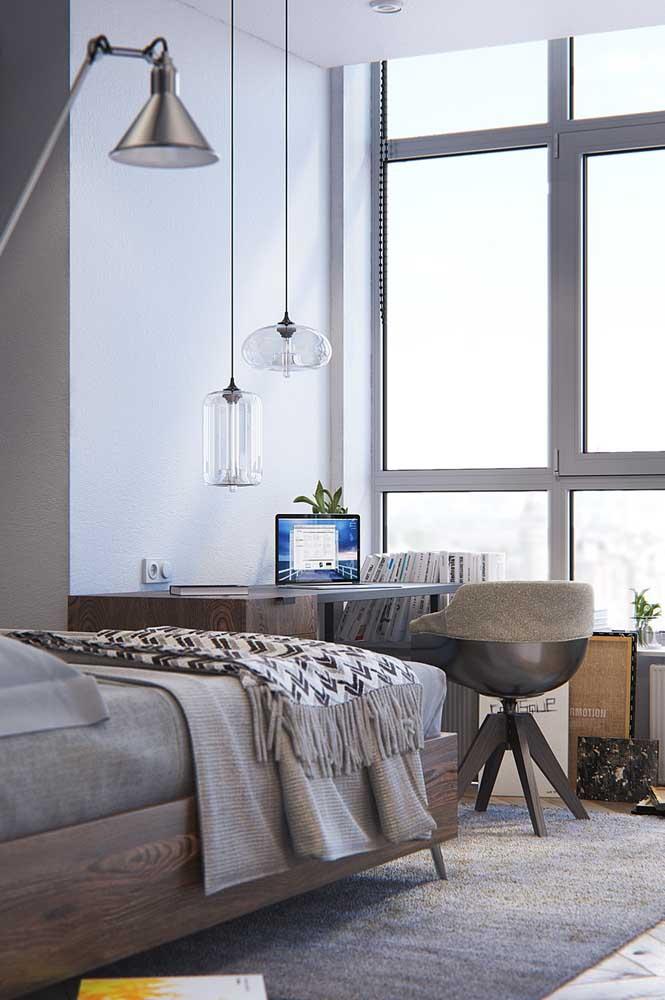 Quarto de solteiro feminino com escrivaninha: relaxar e trabalhar no mesmo espaço
