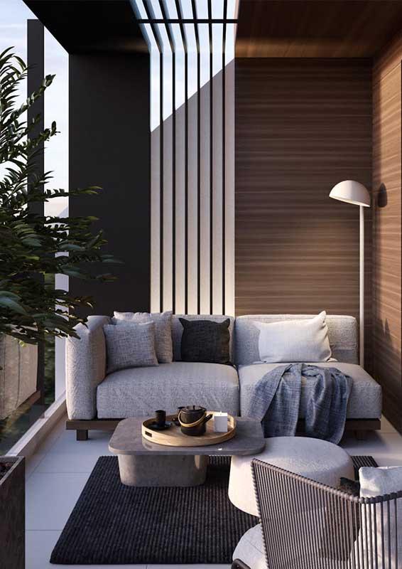 Sofá para varanda de dois lugares e base em madeira