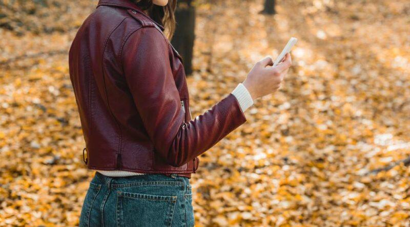 Como limpar jaqueta de couro: veja os cuidados e dicas passo a passo