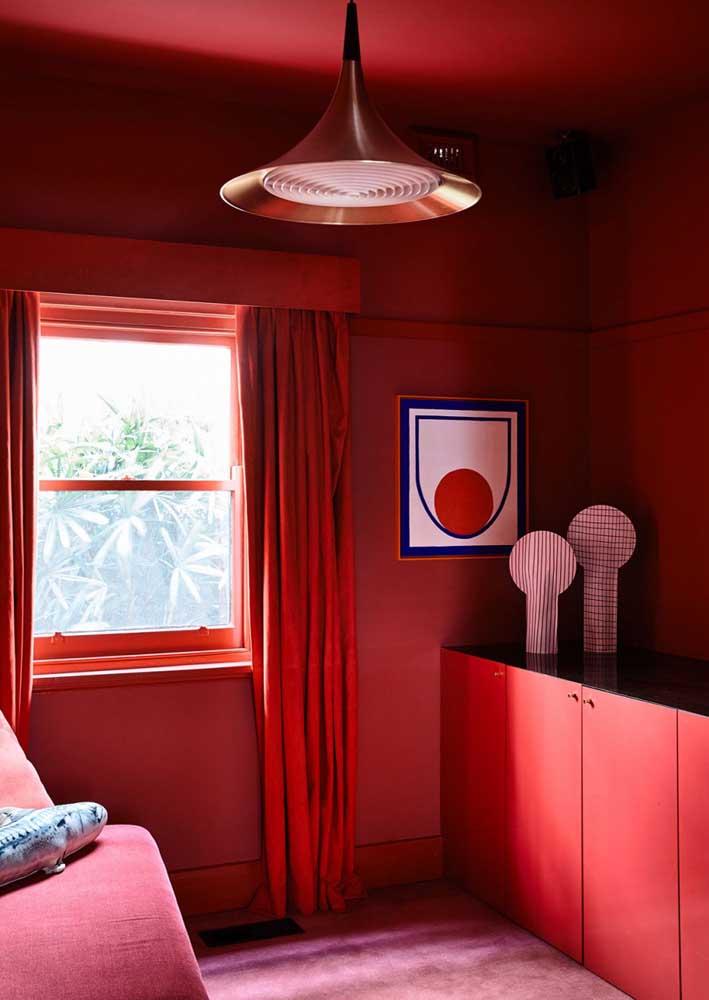 Sala vermelha do chão ao teto!