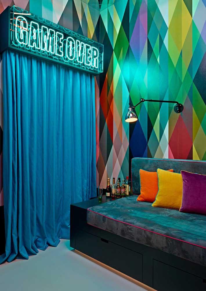 Letreiro de neon para o espaço bar da festa