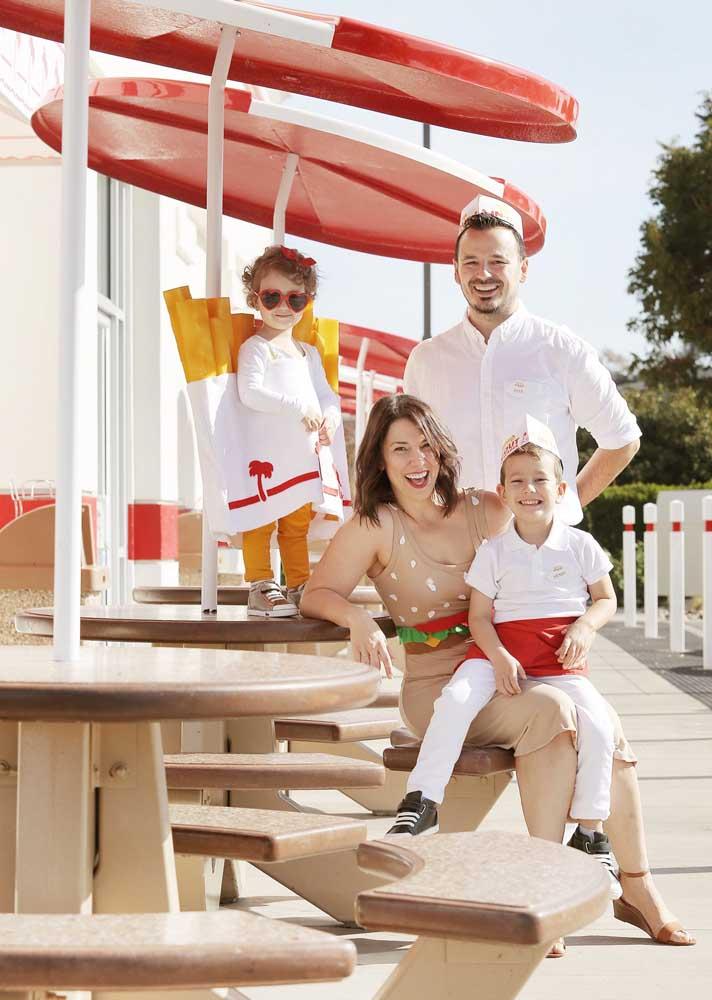 Que tal vestir, literalmente, a família toda para a noite do hambúrguer?
