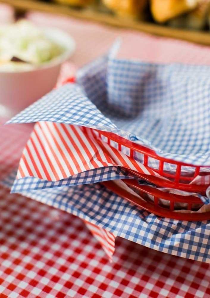 Bandejinhas decoradas para servir os hambúrgueres