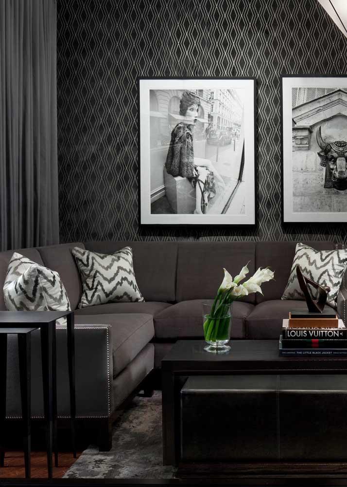 Quadros em preto e branco para completar a proposta de decoração