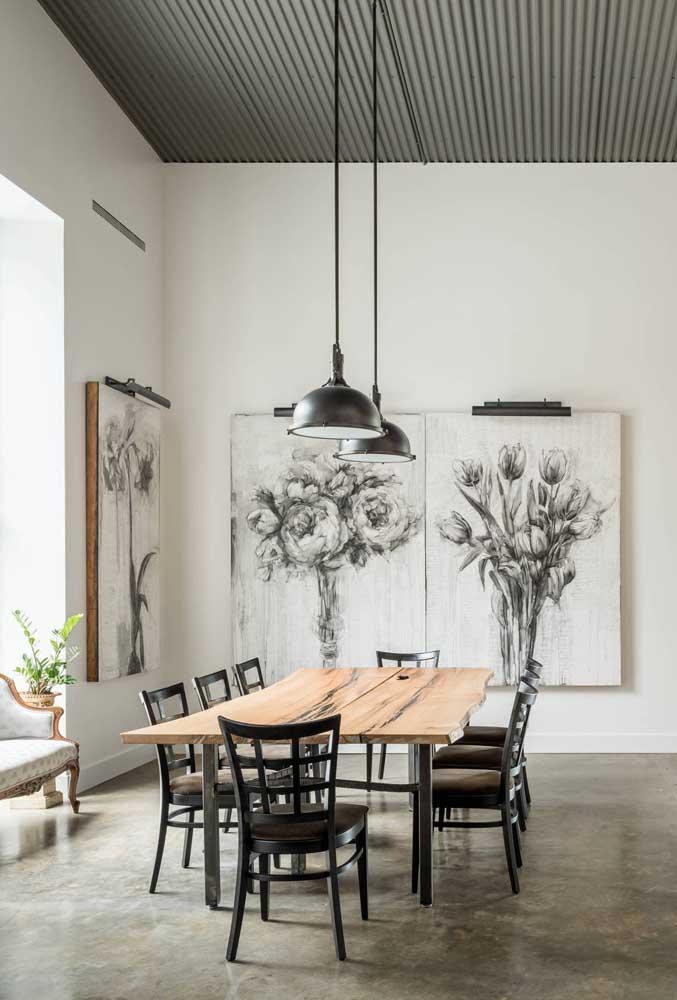 Sala de jantar moderna com telhas sanduíches pretas
