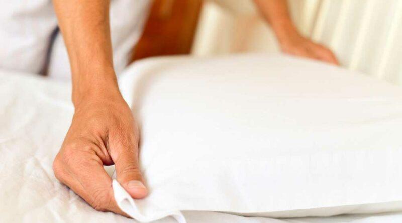 8 benefícios de arrumar a cama pela manhã que você precisa conhecer
