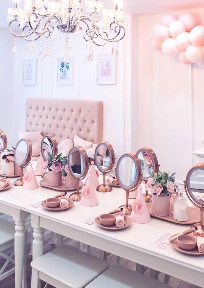 Para cada convidada, um espelho