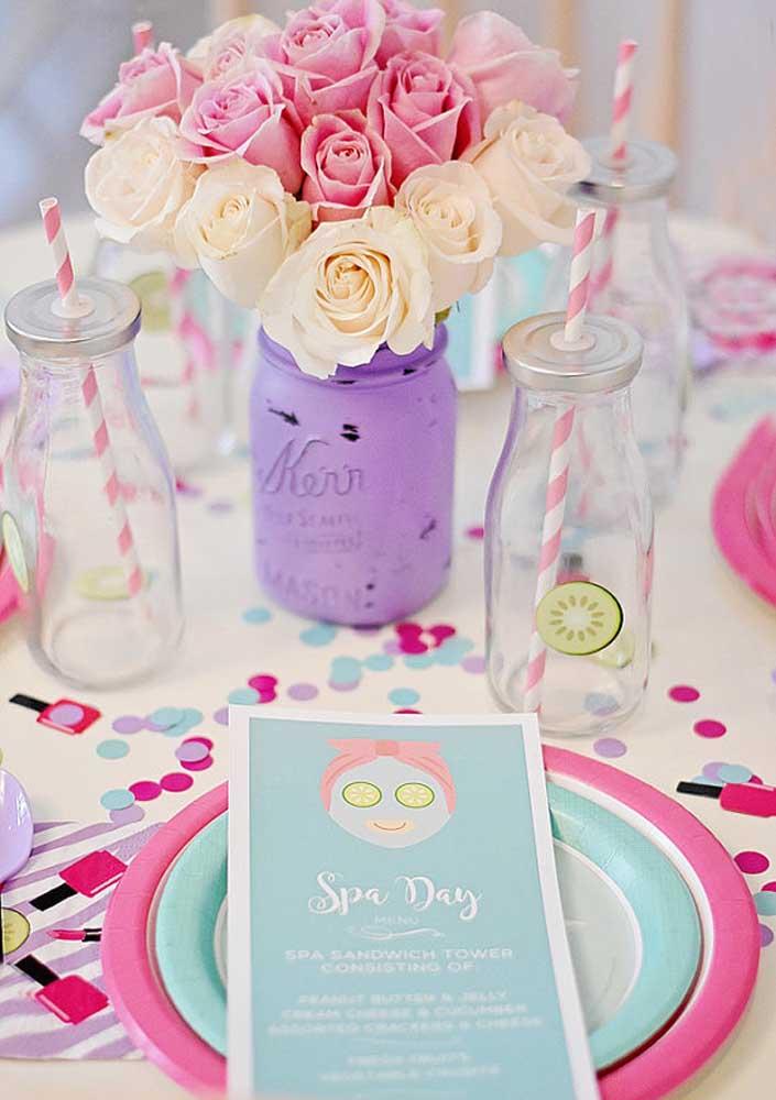 Flores nas cores da decoração do Spa Day