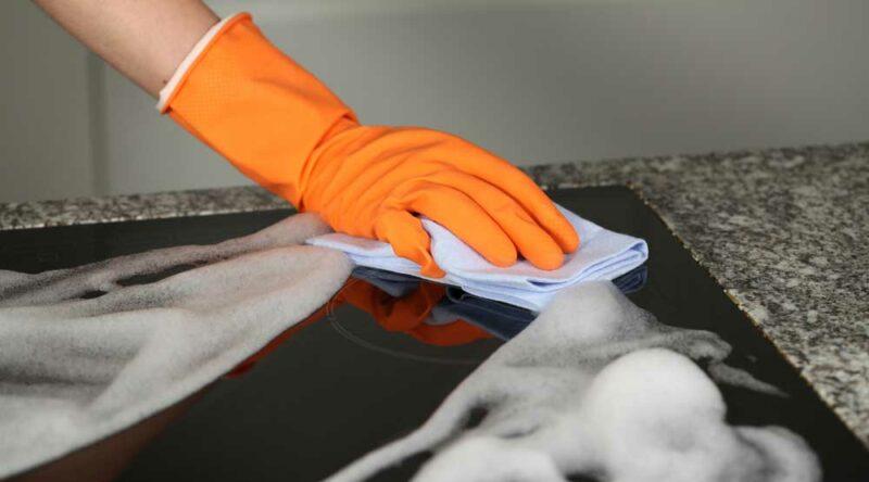 Como limpar cooktop: como fazer a limpeza prática em diferentes tipos