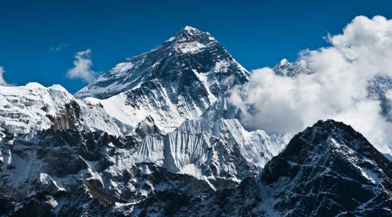 Conheça as 10 maiores montanhas do mundo por altitude e por continentes