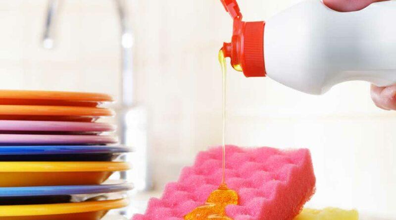 Diferença entre sabão e detergente: acesse e descubra qual é