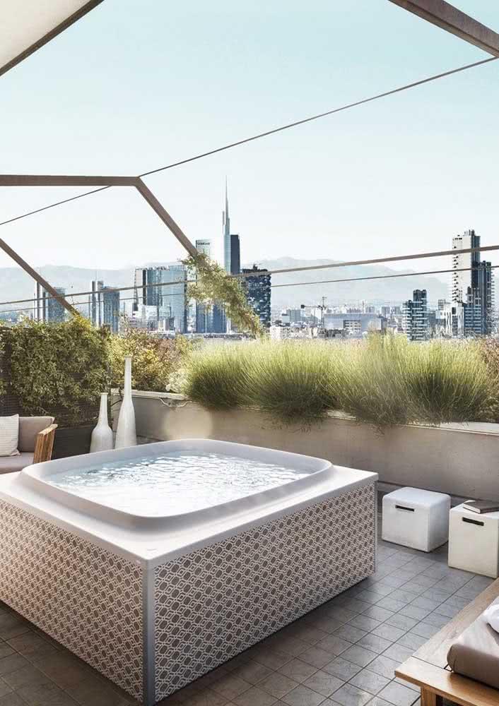 Jacuzzi no terraço para aproveitar a vista da cidade