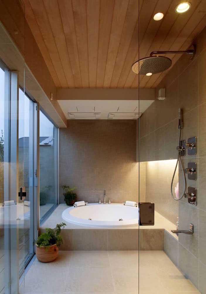 Jacuzzi no banheiro: espaço perfeito para relaxar