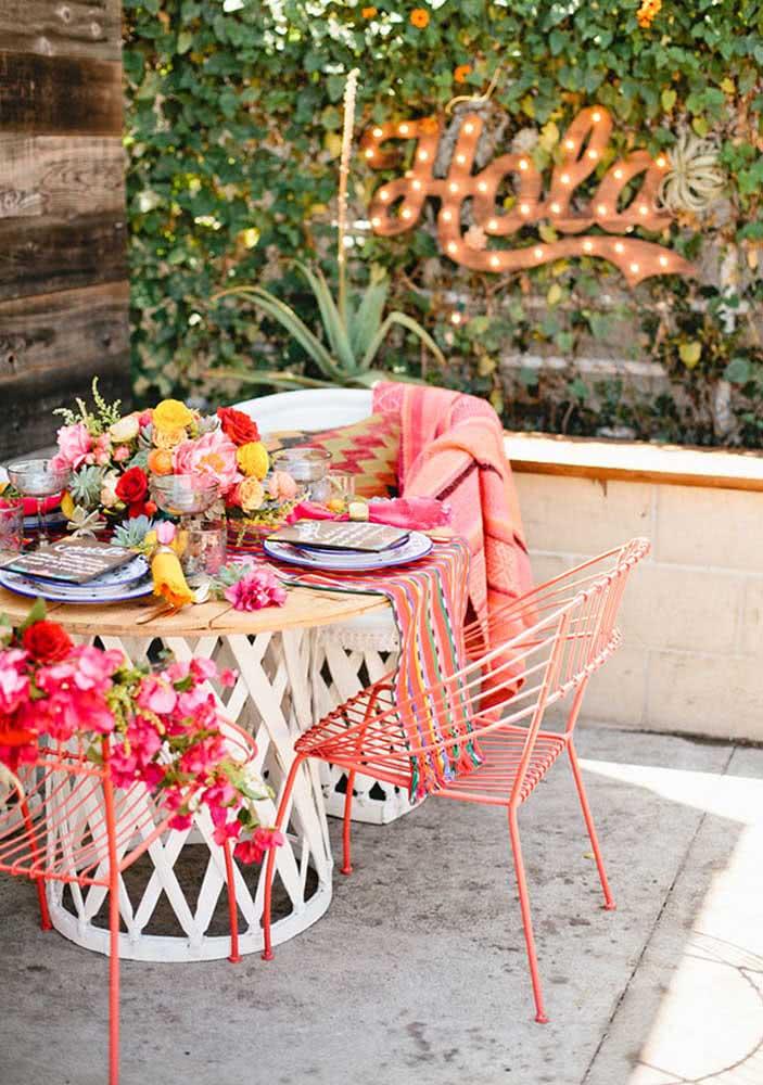 Jantar mexicano simples ao ar livre