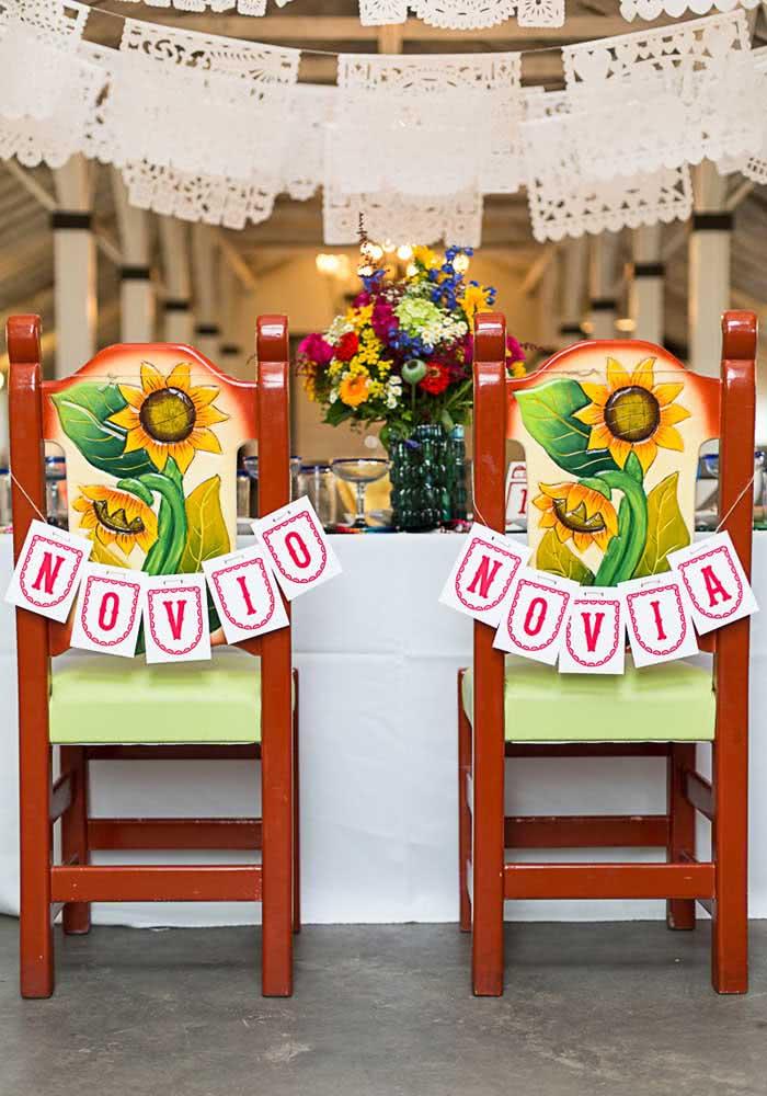 O noivo e a noiva ganham lugares especiais