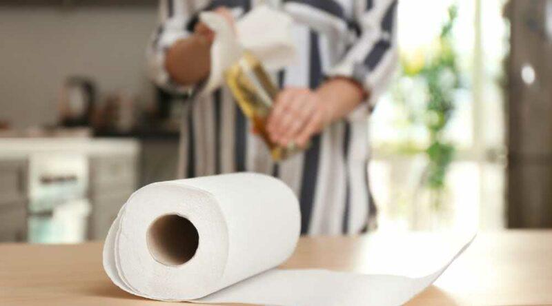 Conheça 13 utilidades do papel toalha que você não sabia